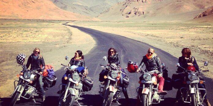Calătorie cu motocicleta